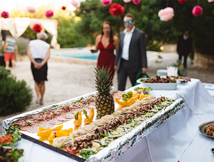 This venue has the benefit of a superb chef who has a flexible approach to cooking. He can create amazing food, whether wedding menus or pre and post wedding events, from elegant formal dining to beach picnics and BBQ's.